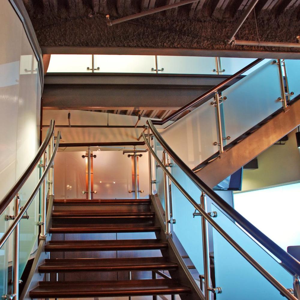 barandas-balconeos-escalera03